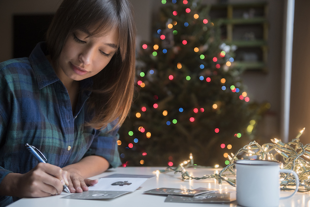 How payroll is affected by giving a holiday bonus