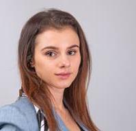 Natalie  Mayslich
